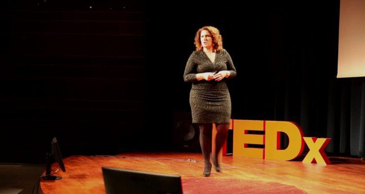yamina krossa TEDxFlanders Nina